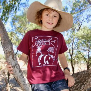 outback kid tshirt maroon in tree