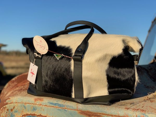B&W 4 Rawhide Longhaul Weekender Overnight bag.
